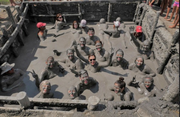 Mud bath Totumo Volcano. Used in the information page Colombian City to City Transfers, Airport Transfers and day trips.